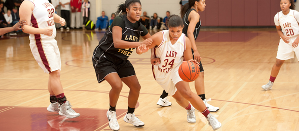 2013 wing Olivia Jones put on a show showing Riverdale's overall depth. *Photo by Ty Freeman