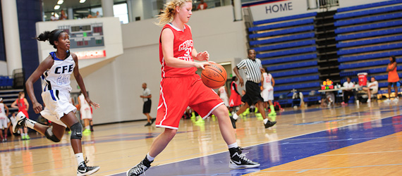 Tiffany Pate of Thomson, Ga., showed her versatility at the Elite 32 Summer Jam in late-July.