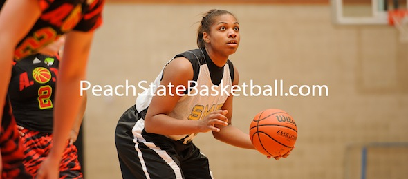 Kayla Gordon of Meridian, Miss., gives South Mississippi Elite a versatile forward option. *Photo by Ty Freeman