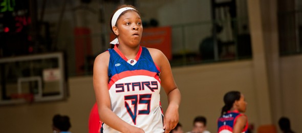 Class of 2016 post Anndrea Lloyd of Lindenwold, N.J., is one of many talented prospects within the Philly Freedom Stars organization. Photo cred - Ty Freeman/PSB