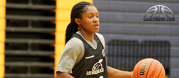 Crystal Dangerfield of Murfreesboro, Tenn., is the top point in the class of 2016. She showed why at the CoachHemi.com Fall Workout. Photo cred - Nakita Hemingway