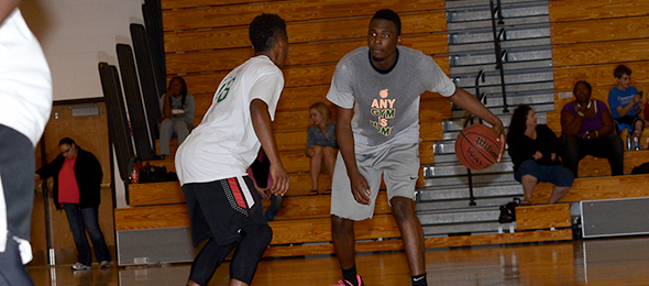 Class of 2016 Kevon Tucker of Dacula, Ga., means business when he steps on the court.  Read about his game from the EBA  Top 40 Fall Workout. Photo cred - PSB