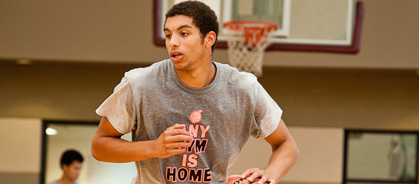 EBA All-American D'Marcus Simonds was ready for the marquee matchup against East Hall. *Ty Freeman / @TyPhotoG