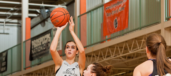 Maci Morris of Pineville, Ky., emerged at EBA All-American as a premier wing nationally in the class of 2015.  Ty Freeman / @TyPhotoG