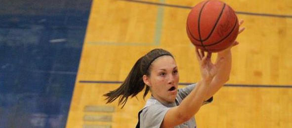 Class of 2017 guard Emily Beard of Dickson, Tenn., is one of the state's top prospects in her class. Jonathan Hemingway / @JLHemingwayPSB