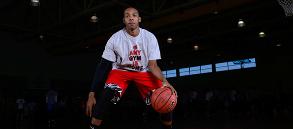 Class of 2017 wing Jamvis Ponder of Palmetto, Ga., showed his talent at EBA Top 40 Camp. Read his evaluation and watch him on @SUVtv here. Photo cred - Ty Freeman/PSB