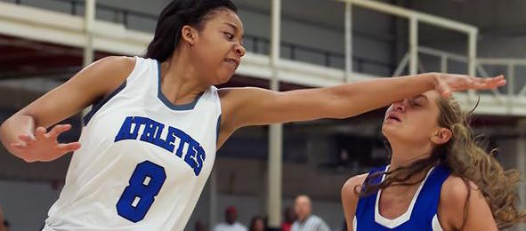 Not even opposing defenders could keep Alexa Willard of Mo., from getting a college scholarship. Chris Hansen / @ChrisHansenPSB