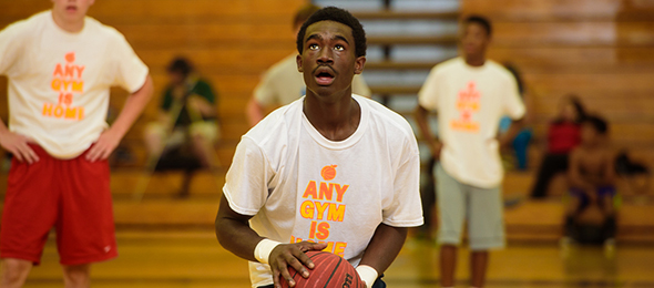 Class of 2016 guard Alphonso Willis of Grayson, Ga., stole the show at the #EBAAllAmerican Camp & Has his chance again at #EBATop40.*Ty Freeman / @TyPhotoG