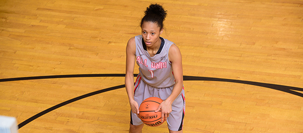 Class of 2017 guard Cierra Hooks of Dayton, Ohio, played her way into the #PNELITE100 with All Ohio Black. Read their #PSBFamily Review. Photo cred - Ty Freeman/PSB