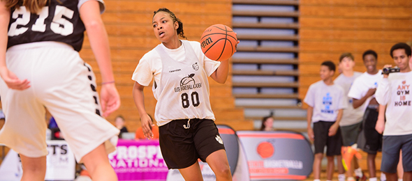 Class of 2017 point guard Lori Scales of S.C., made a name at the #EBATop40 in October. Photo cred - Ty Freeman