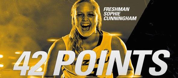 Sophie-Cunningham-590