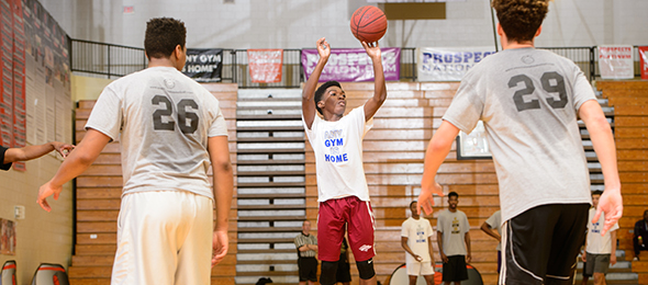Class of 2019 guard Christopher Smalls of Brookwood showed his skills this spring. Photo cred - Ty Freeman/#EBATop40
