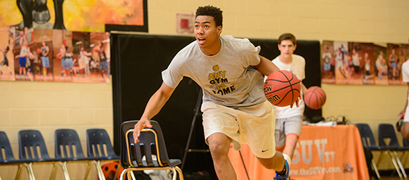 Class of 2016 guard Arias Hawkins of Suwanee, Ga., proved his leadership skills at the #EBATop 40 Camp. Photo cred - Ty Freeman