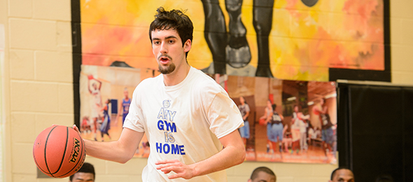 Class of 2016 forward Zach Orr of Banks County HS is a proven competitor. Photo cred - Ty Freeman/#EBATop40