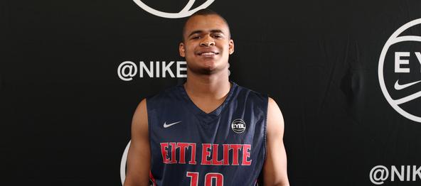 Atlanta, GA - MAY 27: Nike EYBL. Session 4. Nick Honor #10 of E1T1 (Photo by Jon Lopez)