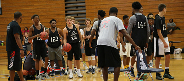 Adrian Penland (@AP_Bball) pushed prospects to get better at #EBAAllAmerican Camp. Photo cred - Larry Rhinehart