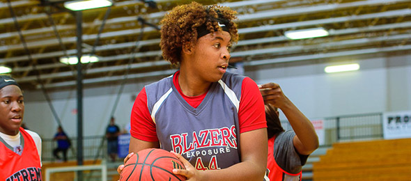 Class of 2017 post Ariyah Copeland of Columbus, Ga., is an Alabama commit. She led the Blazers Exposure organization in 2016. Photo cred - Ty Freeman